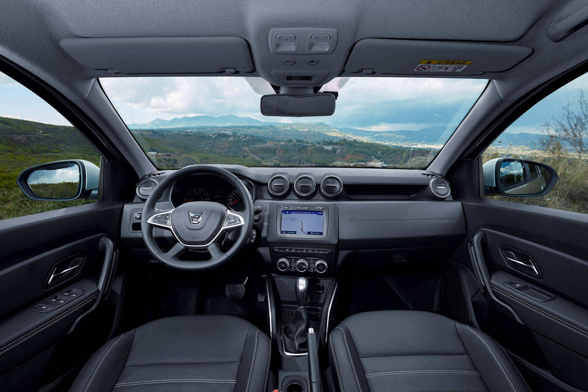 Dacia duster prezzo dimensioni e scheda tecnica for Duster interni